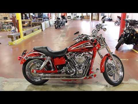 2008 Harley-Davidson CVO™ Screamin' Eagle® Dyna® in New London, Connecticut - Video 1