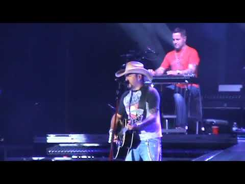 Jason Aldean -  Drowns The Whiskey @ Country USA 2018