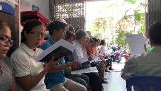 Cầu nguyện cho dân oan Vườn Rau Lộc Hưng và nhà cầm quyền tôn trọng công lý và sự thật.