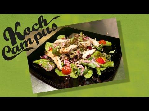 Koch Campus - Bunter Salatteller mit Putenbruststreifen