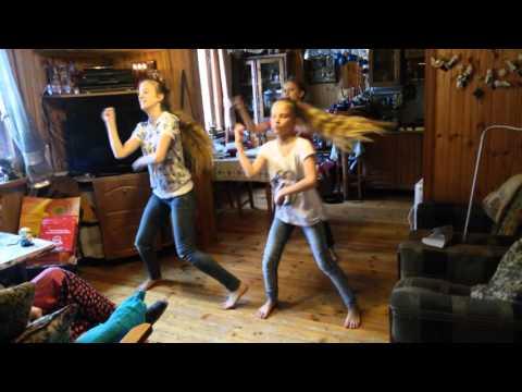 Танец на даче в подарок бабушке на день рождения