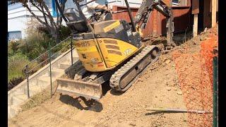 How to Operate a Mini Excavator - SAE Controls