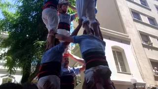 preview picture of video 'Castellers del Poble Sec - 4d8 subjectiu - Diada 15è Aniversari'