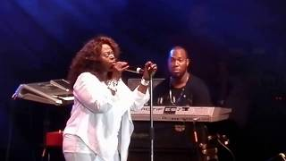 "'The Amazing' Angie Stone - ""Everyday"" (LIVE)"