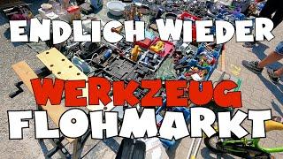 Nach Werkzeug stöbern auf dem Flohmarkt - Flohmarkt Action #12