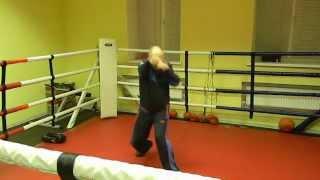 Клуб бокса В. Кириченко : Прямые тройки и защита  - 1