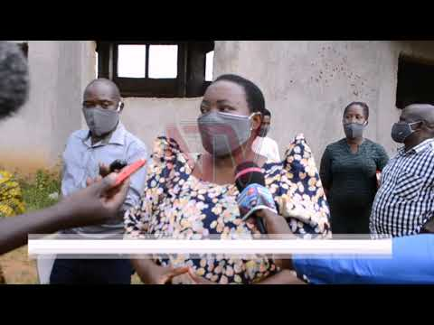 Hoima receives 305,000 face masks