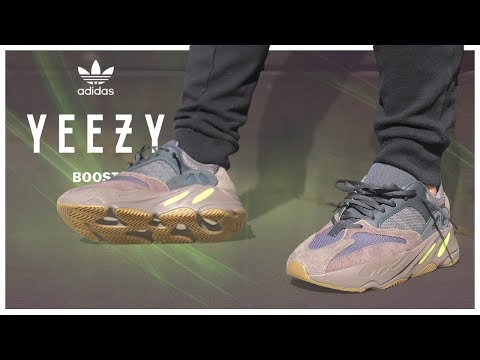 How to style Yeezy 700