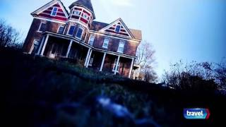 Deadly Possessions S01E01 Robert the Doll and the Dibbuk Box