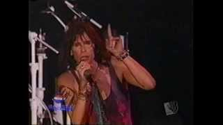 Aerosmith - Interview + Toys in the Attic & Never Loved a Girl @ Pepsi Smash 2004