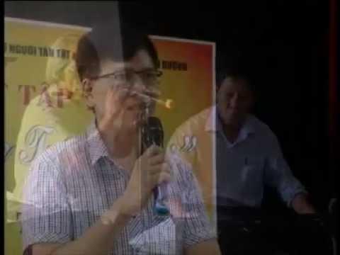 """Chàng trai bại liệt và """" Hoài khúc tương thi"""" GT Nguyễn Đình Vinh"""