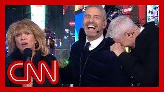 'SNL' alum revives Barbara Walters character, Anderson Cooper loses it