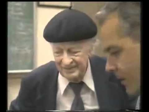 Linus Pauling - Dr. Matthias Rath: Vitamin C and the control of cancer, AIDS and heart disease