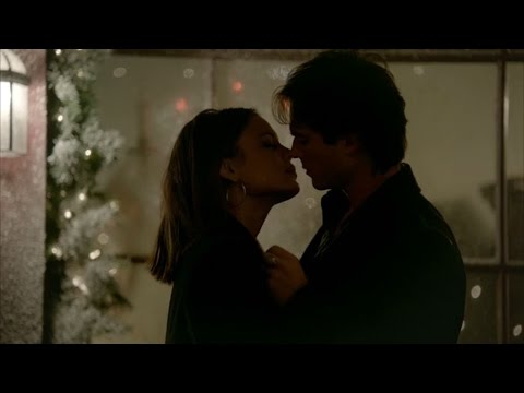 The Vampire Diaries: 8x07 - Damon remembers Elena (necklace), almost kiss Sybil and kills her [HD]