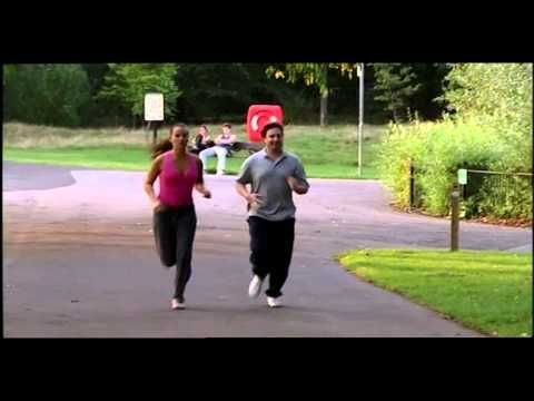 Mark tries jogging (Peep Show)