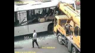 Авария кран и автобус, Астана