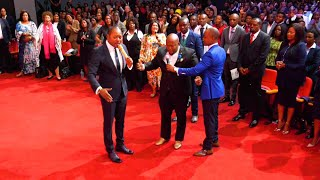 MUST WATCH! Thieves SHOT at him but the God of Alph LUKAU blocked the GUN from shooting.