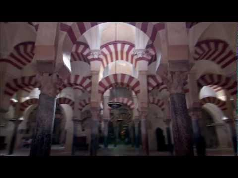Islamic Art: Mirror of the Invisible World ( Islamic Art: Mirror of the Invisible World )