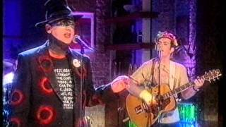 Out Of Fashion - Rare Boy George Performance