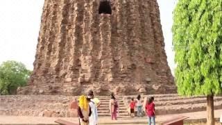 Alai Minar : The incomplete Minar at Qutub complex