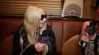 Taylor momsen interview youtube download