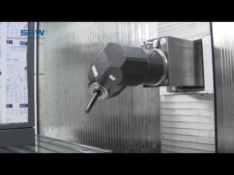 Automatischer Universalfräskopf in orthogonaler Bauweise mit stufenlos positionierbaren Achsen