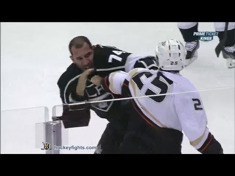 Dwight King vs. Brad Staubitz