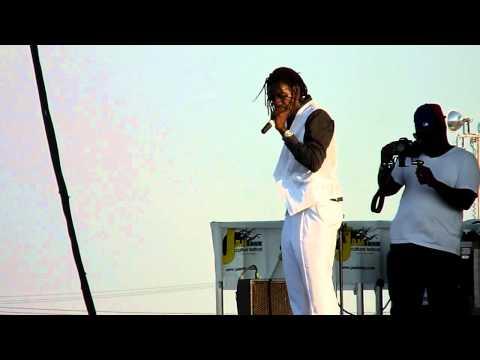 Kenyatta Hill - Jah Rastafari  - Live In Toronto - Jambana 2011