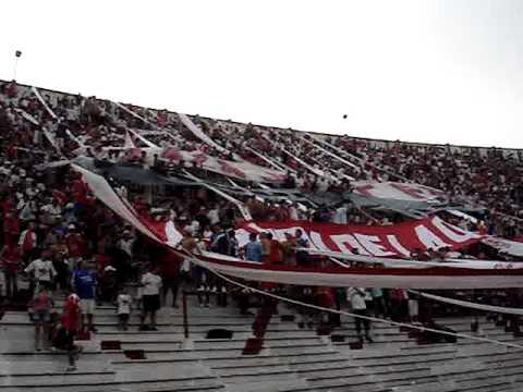 """""""Huracán Vs. GB - Fecha 22 - Nacional B 2012 VII"""" Barra: La Banda de la Quema • Club: Huracán"""