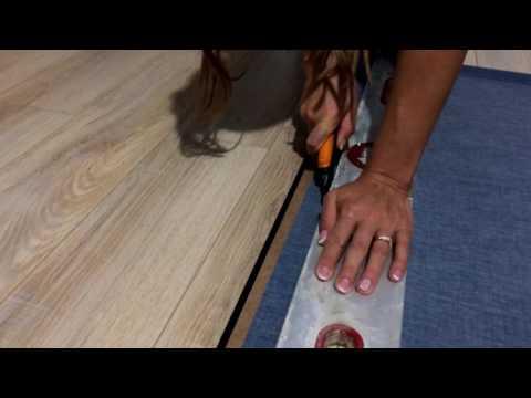 Как просто и ровно обрезать рулонные шторы?