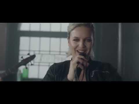 Clean Bandit - Rockabye ft. Sean Paul & Anne-Marie [Official Video] Screenshot 3