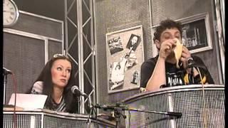 Смотреть онлайн Спектакль «День радио», 2001