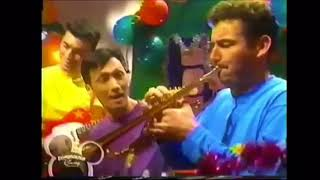 The Wiggles: Unto us this holy night, from A Wiggly Wiggly Christmas