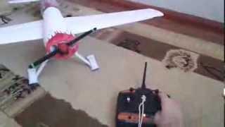 Радиоуправляемый самолет из потолочки