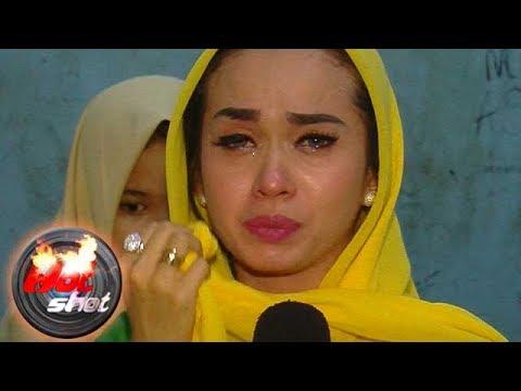 Sasha Alexa Menangis Saat Membaca Al Quran - Hot Shot 23 Juni 2017