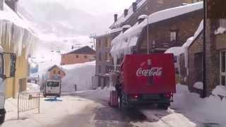 preview picture of video 'Esqui al Pas de la Casa nevada febrer 2013 Inmogrifo Griffon Vacances Pas de la Casa holidays'