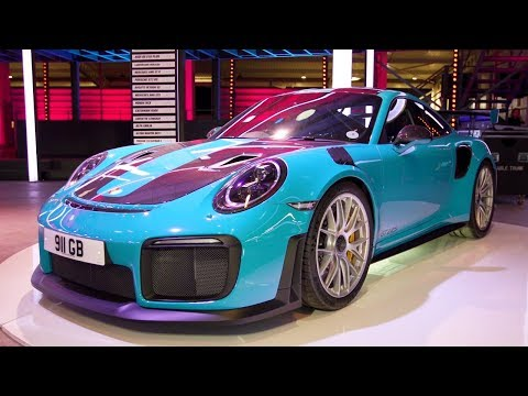 Porsche GT2 RS Walkaround | Top Gear: Series 26