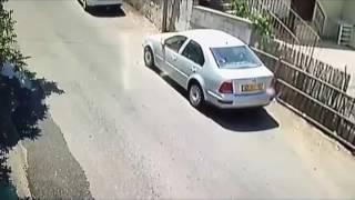 AK 47 Shoot Out   Matan A Hombre En Un Carro Con Una AK 47