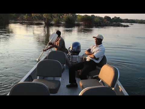 A short cruise on the stunning river around Kaingu Lodge