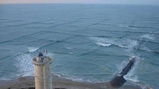 Если вы заметите квадратные волны в море, немедленно выходите из воды