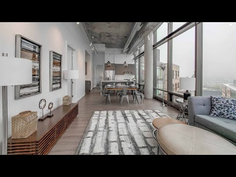 A 2-bedroom River West penthouse at the transit-friendly Spoke apartments