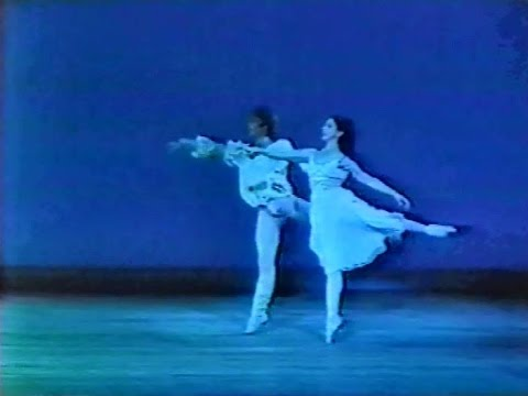 Margot Fonteyn & Ivan Nagy in Skibine's Romeo and Juliet, 1976