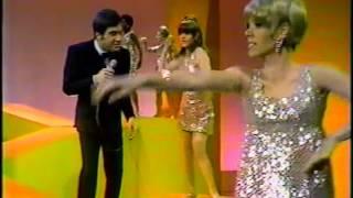 """Johnny Rivers """"Baby I Need Your Lovin"""" 1967"""