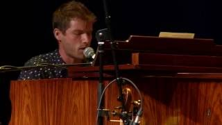 Jon McLaughlin - These Crazy Times (eTown webisode #1024)