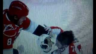 Eric Selleck Fights Kevin Westgarth | Carolina Hurricanes Vs Florida Panthers (news Report)
