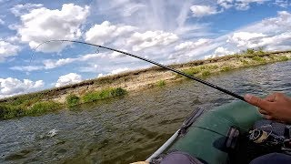 Красная рыбы ловля на реке сейм