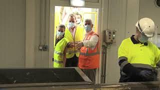 Visita de Sus Majestades los Reyes a la sede de COGERSA en el Principado de Asturias en planta