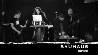 Video Bela Lugosi is dead (Bauhaus cover)