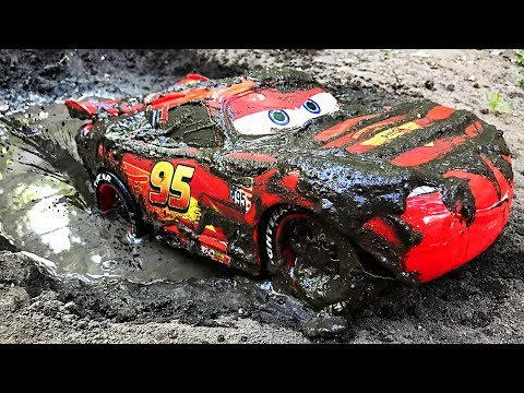 Cars Lightning Mcqueen Off Road Play Car Toy Videos For Kids - Играем в тачки