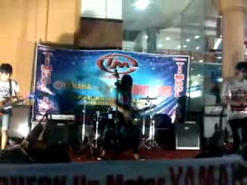 "FUN FUN FOR ME LIVE ""FVCKIN LOVE"" @ MADIUN.mp4"